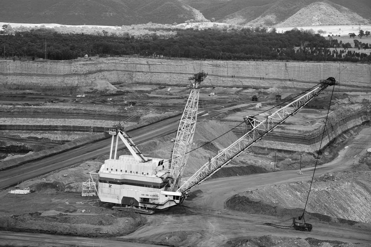 Dragline at a coal mine in the Hunter Valley